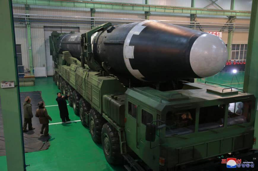 خبرنگاران روزنامه کره ای: کره شمالی موشک بالستیک قاره پیما ساخته است