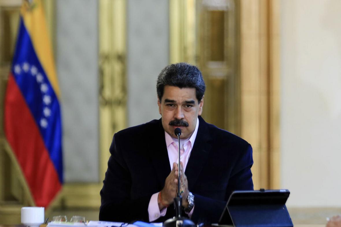 خبرنگاران مادورو از ایران برای یاری به شکست تحریم های آمریکا قدردانی کرد