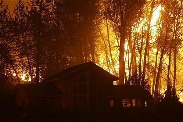 آتش سوزی ایالت اورگان آمریکا؛ هزاران نفر آواره و مفقود شدند